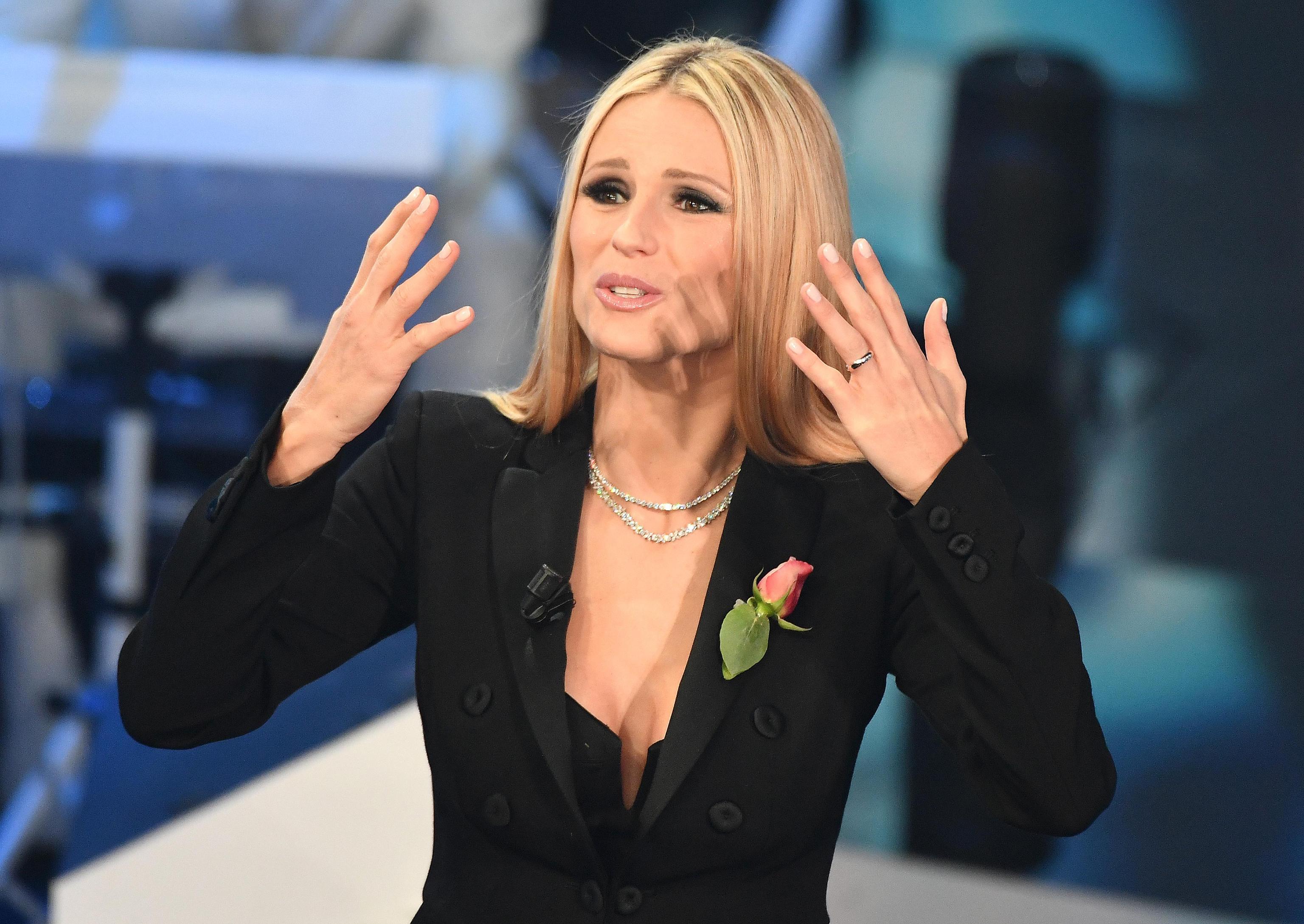Michelle Hunziker con gioielli Tiffany quarta puntata
