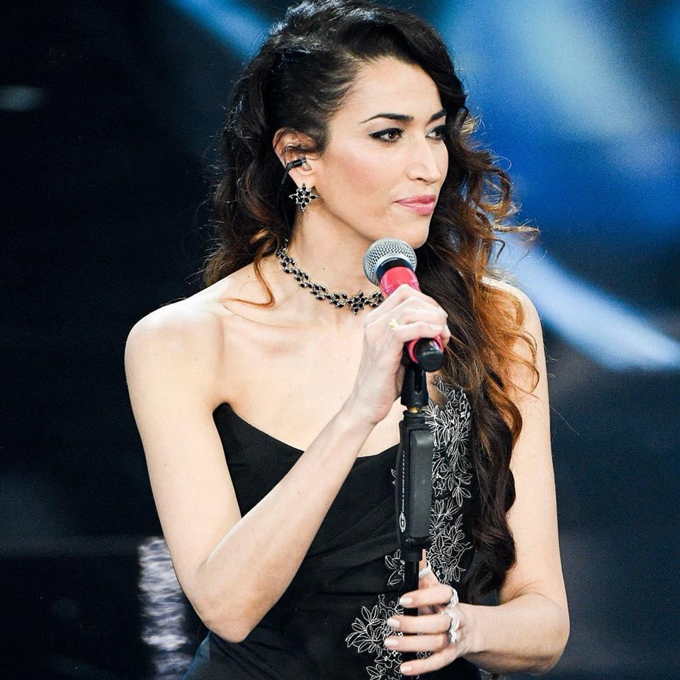Nina Zilli con orecchini e collana Pasquale Bruni