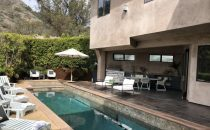 Eva Longoria vende la sua casa da sogno a poco più di 3.000.000 di euro