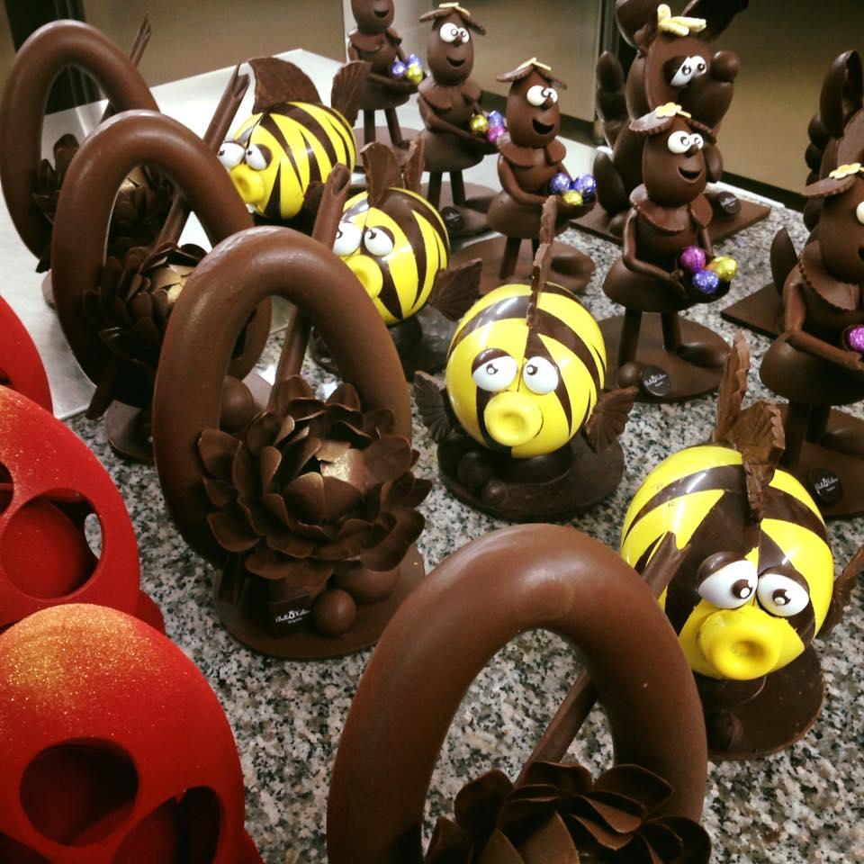 Dolci pasquali al cioccolato pasticceeria Belle Helene di Tarquinia fb