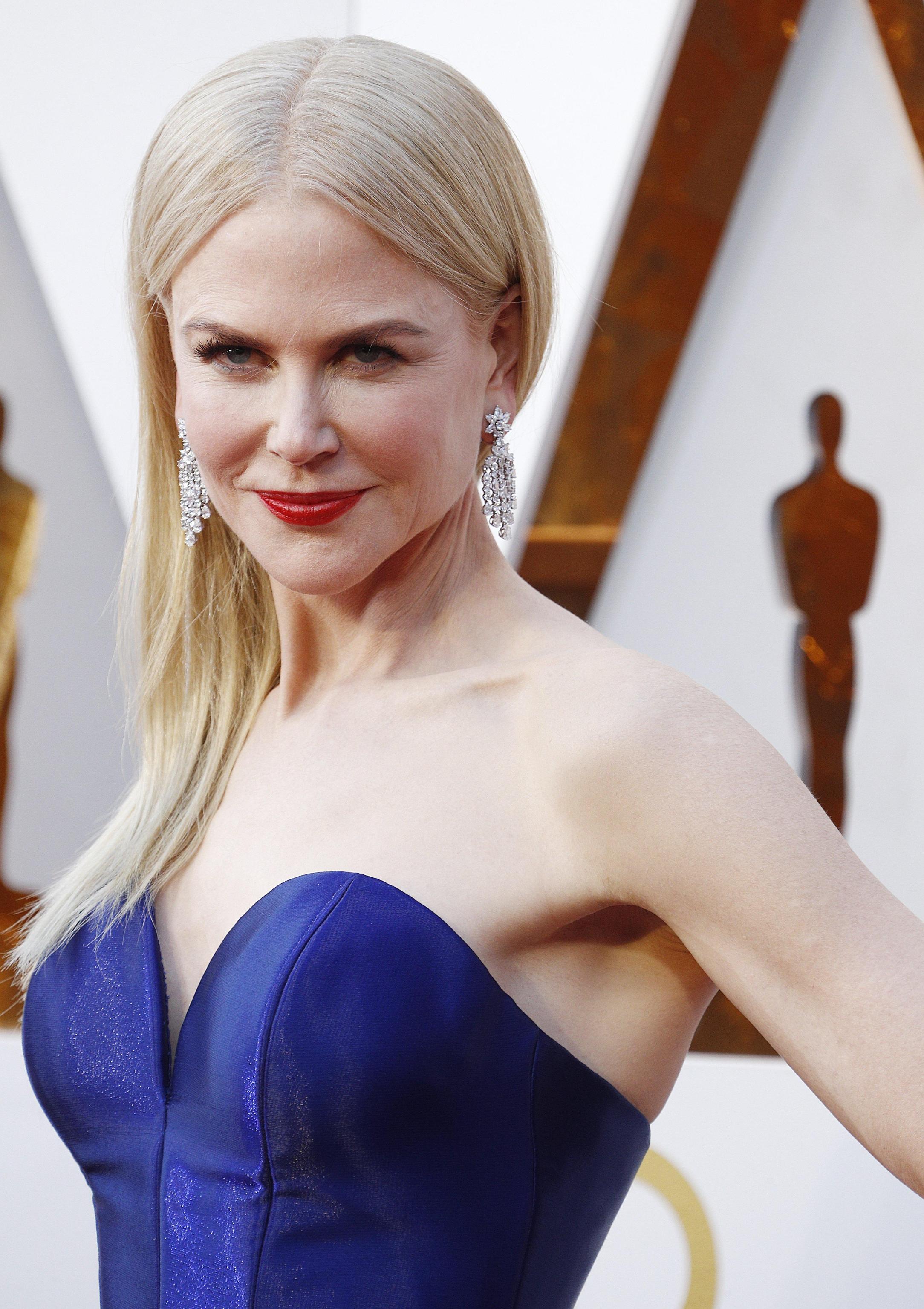 Nicole Kidman in Armani Privé con gioielli Harry Winston