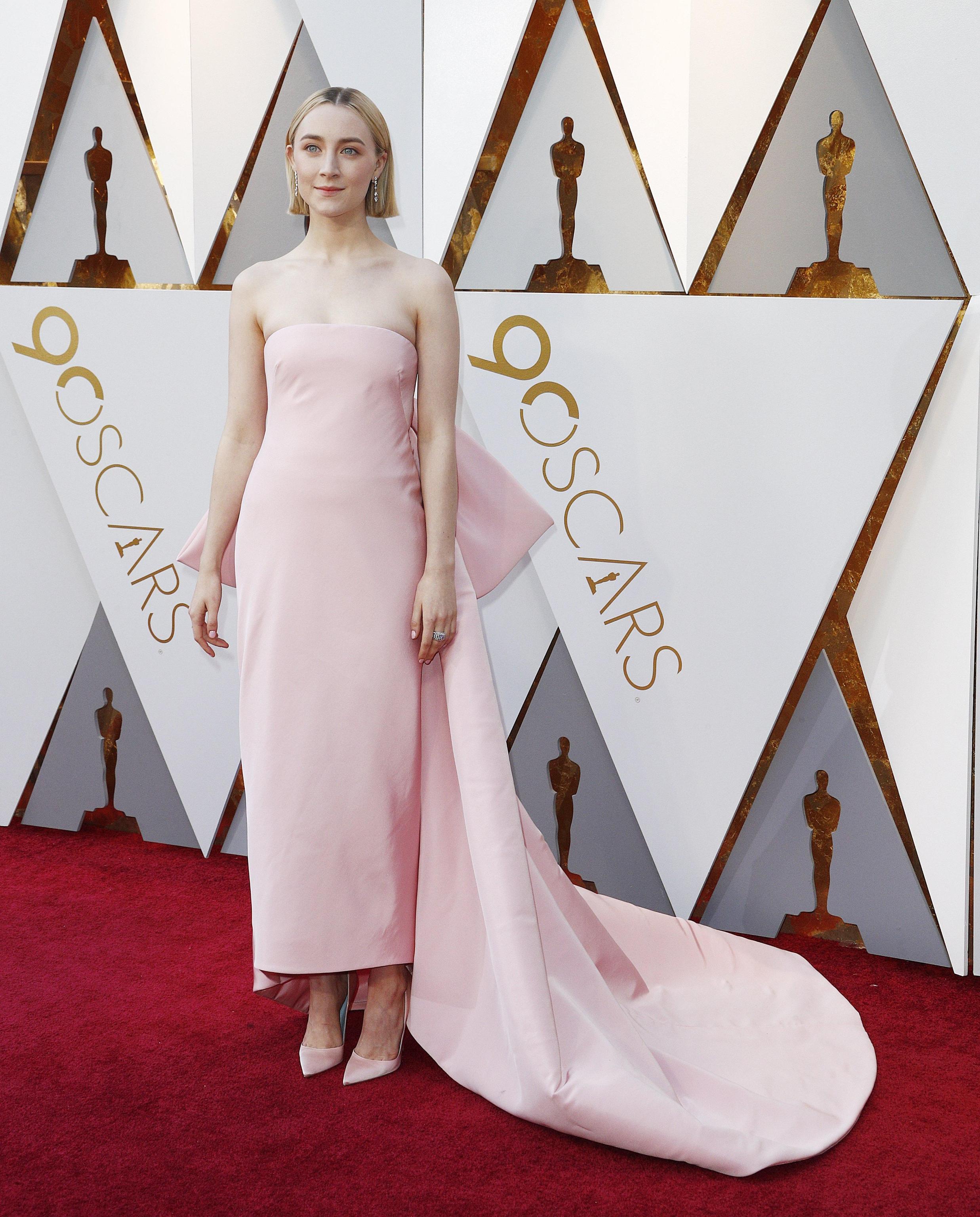 Saoirse Ronan in Calvin Klein By Appointment agli Oscar 2018