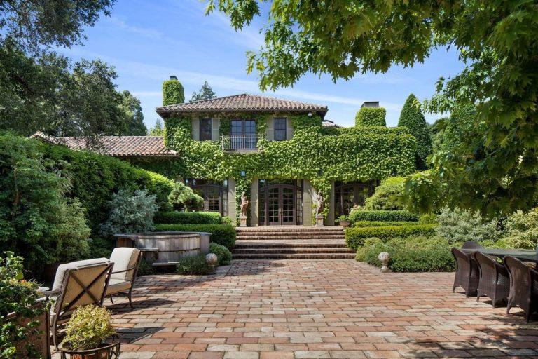 Michelle Pfeiffer vende la sua casa di Woodside per 23,9 milioni di Euro
