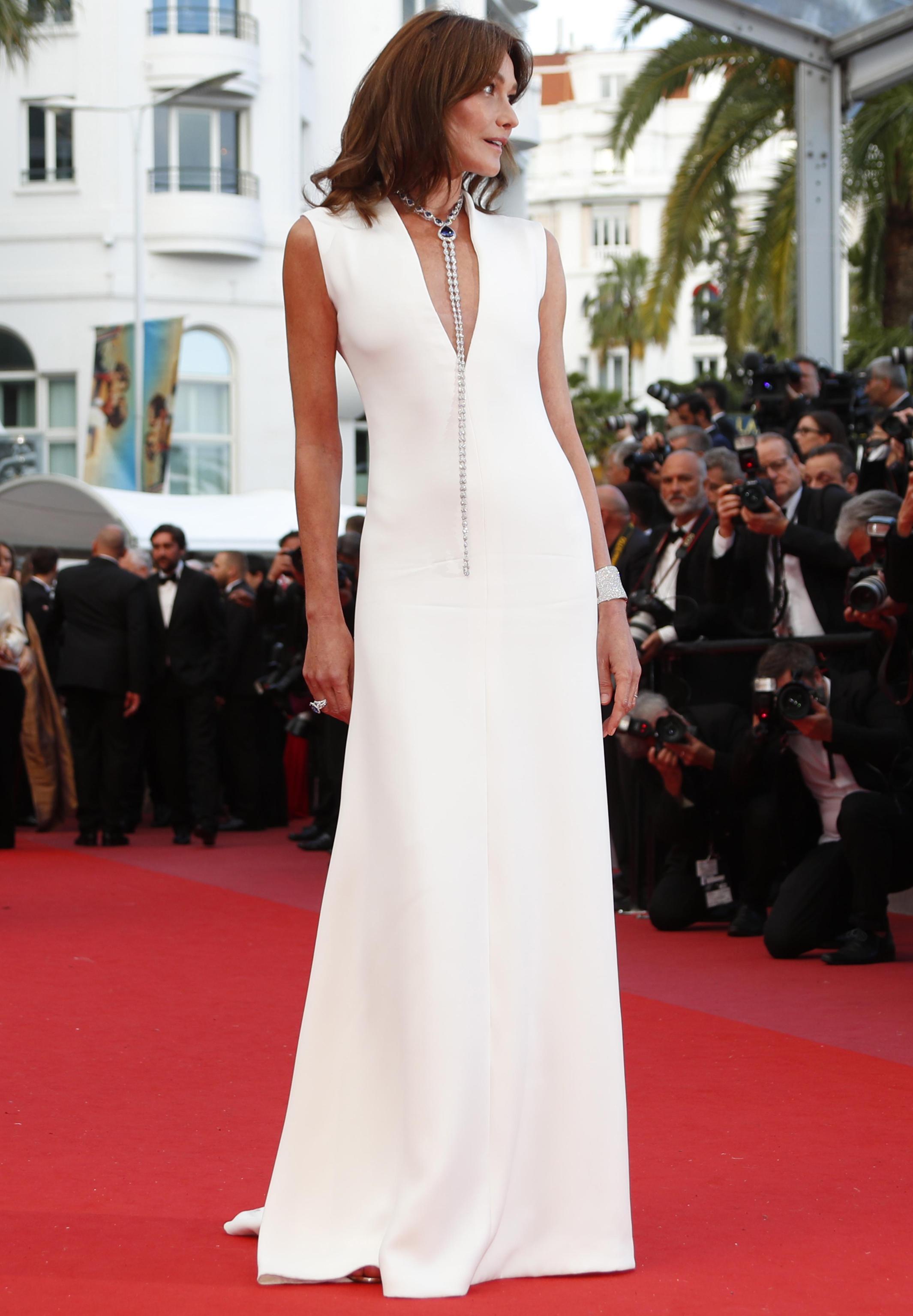 Carla Bruni in Dior con gioielli Chopard