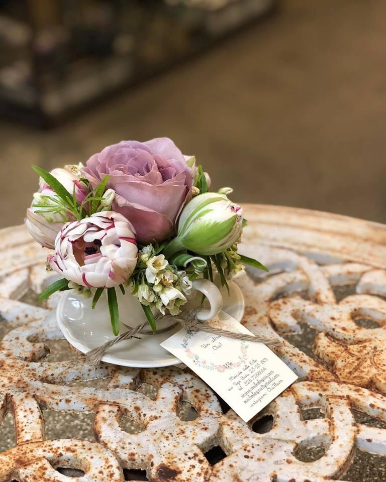 Come scegliere il bouquet da sposa in base all'abito (1)