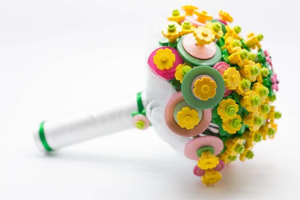 Come scegliere il bouquet da sposa in base all'abito (2)