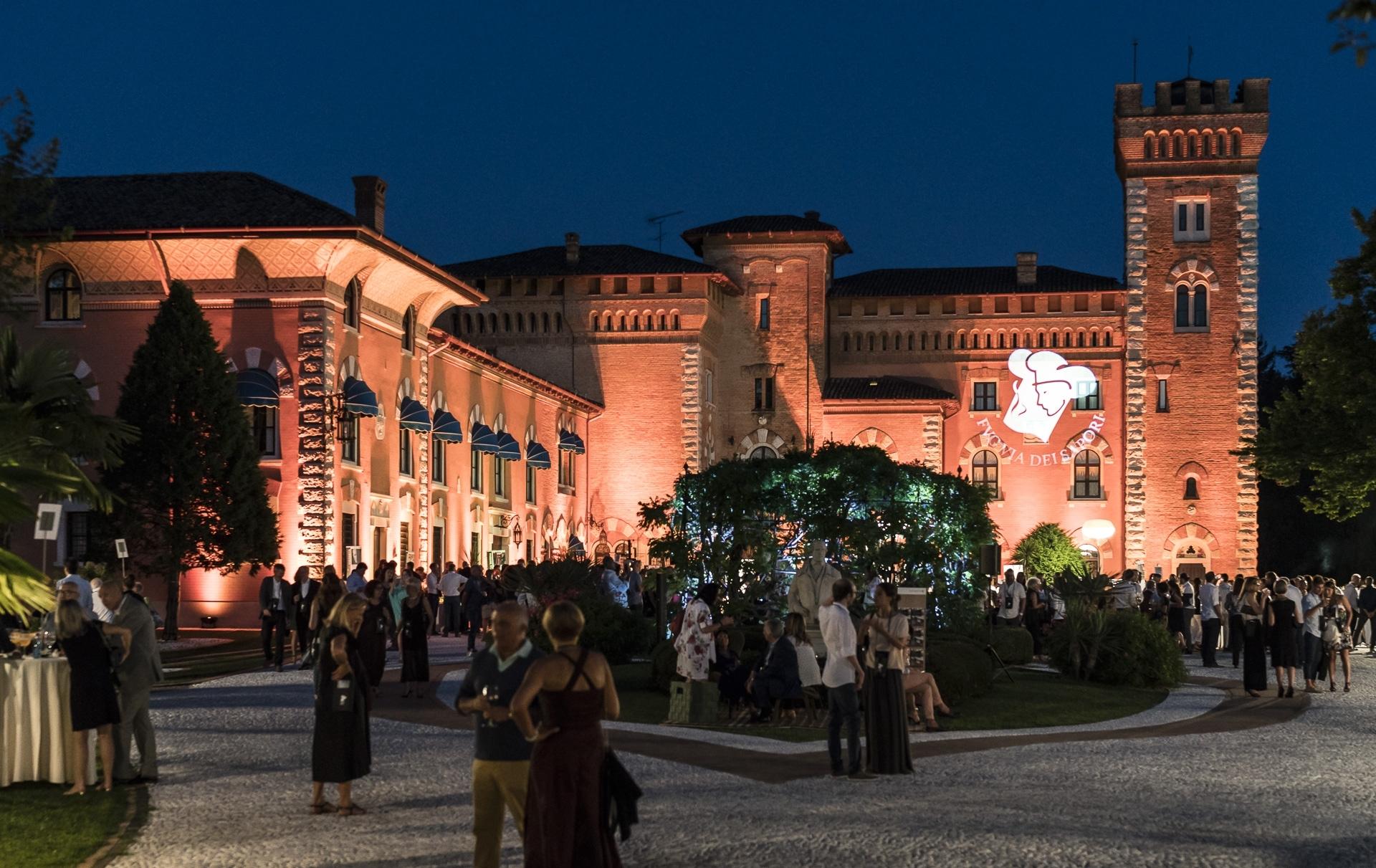 Cena spettacolo al Castello di Spessa di Capriva del Friuli eventi enogastronomici estate 2018