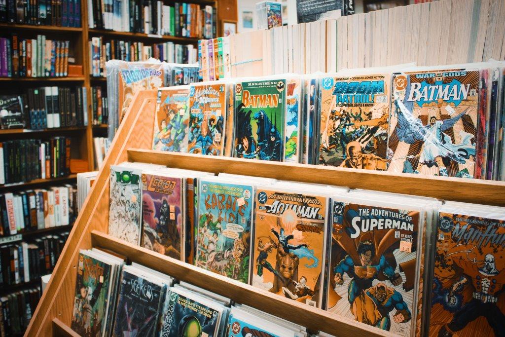 Fumetti vintage lena orwig 491551 unsplash