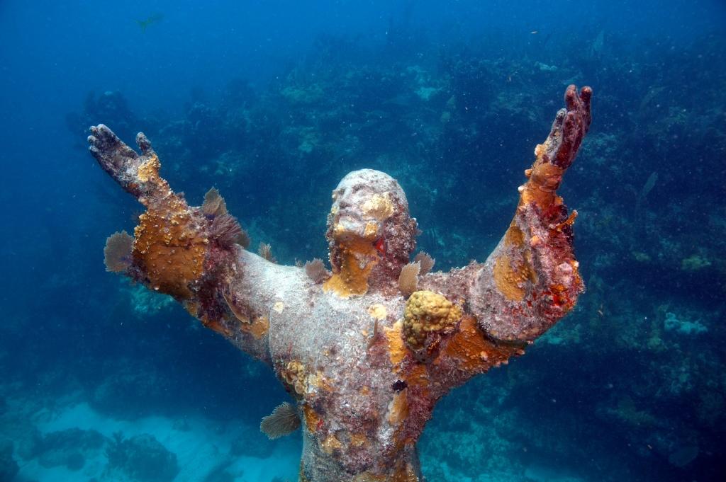 cosa vedere in italia il cristo degli abissi