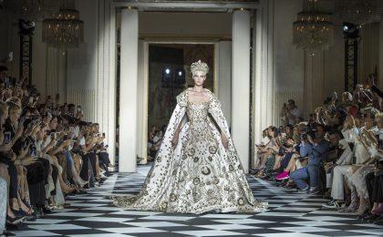 Abiti da sposa Haute Couture Autunno/Inverno 2018-2019, i più romantici visti a Parigi [FOTO]