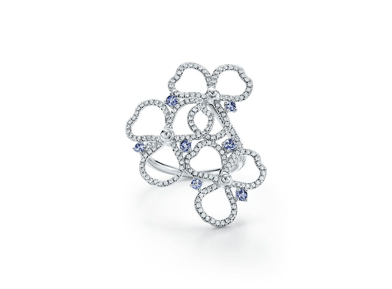 Anello Tiffany con diamanti gioielli autunno inverno 2018 2019