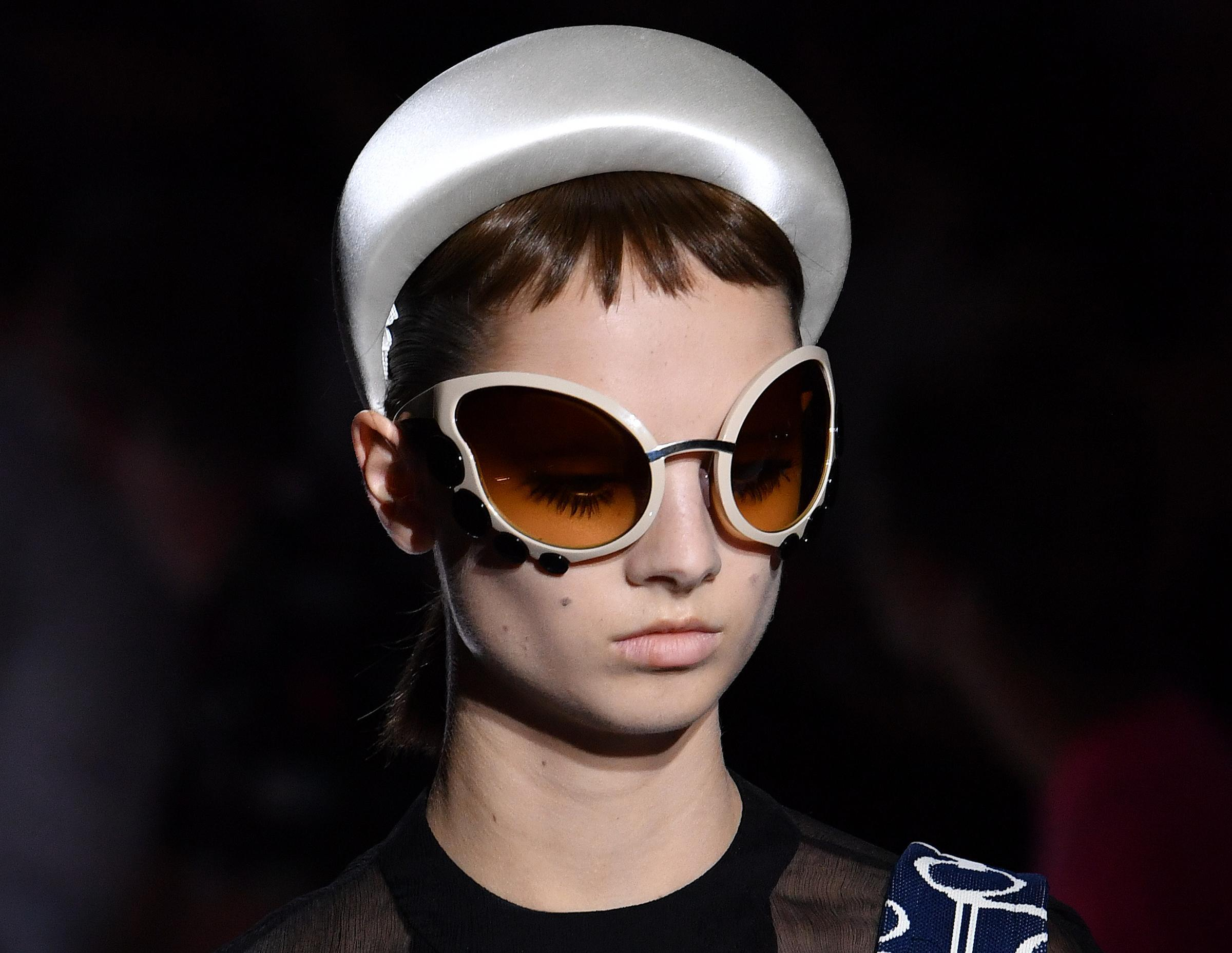 Occhiali da sole Prada fashion week milano 2018