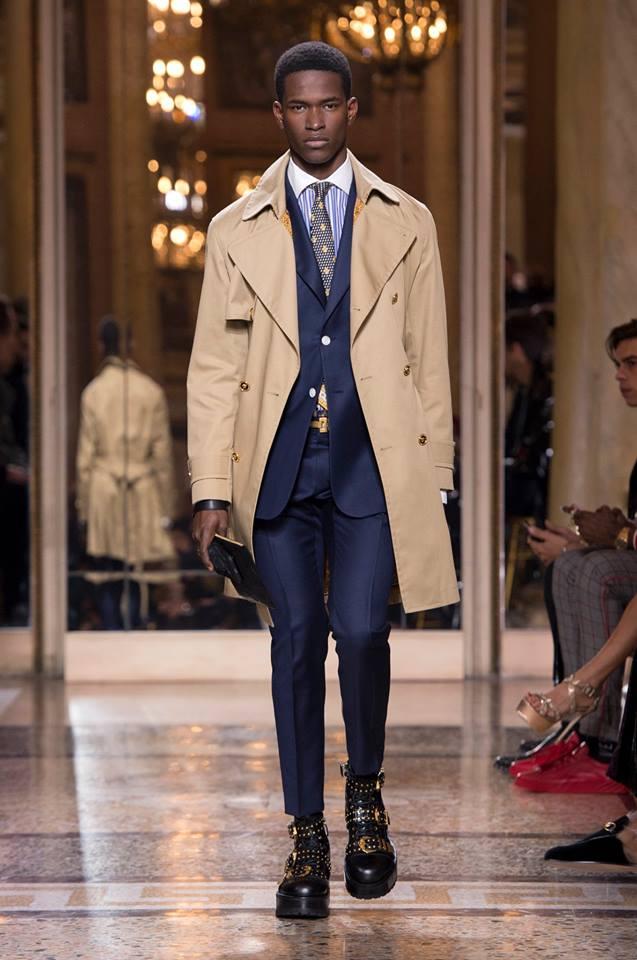 Abito da cerimonia da uomo blu Versace