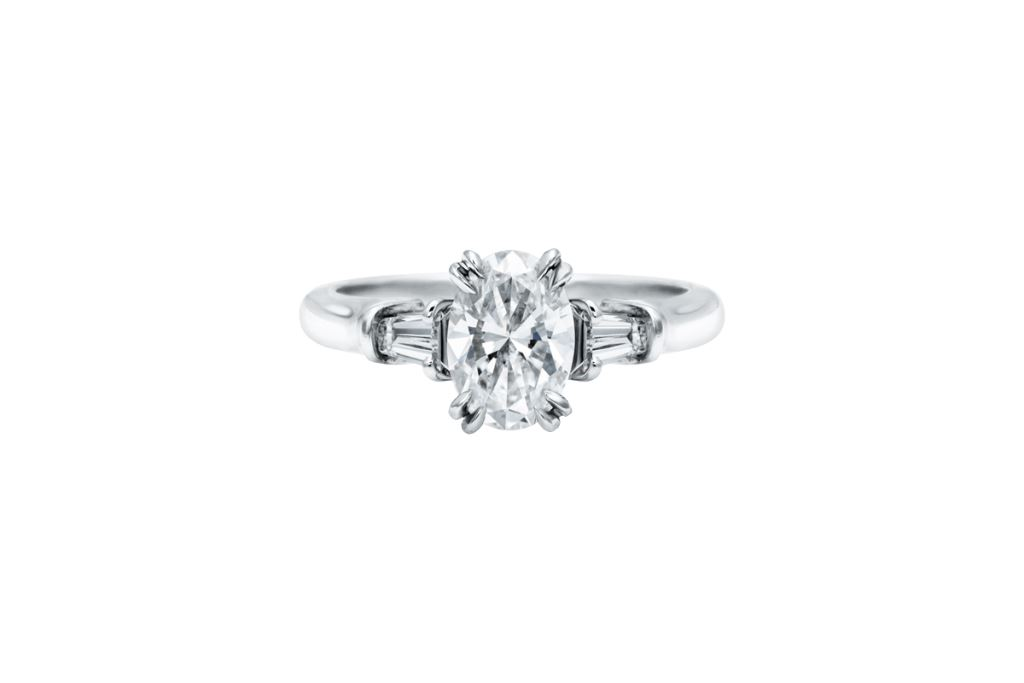 Anello di fidanzamento Harry Winston con diamante baguette