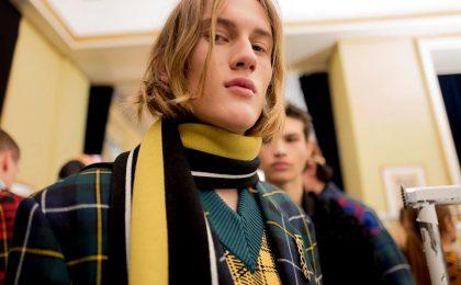 Sciarpe e foulard da uomo Autunno/Inverno 2018-2019: da Gucci a Hermes, le novità più esclusive