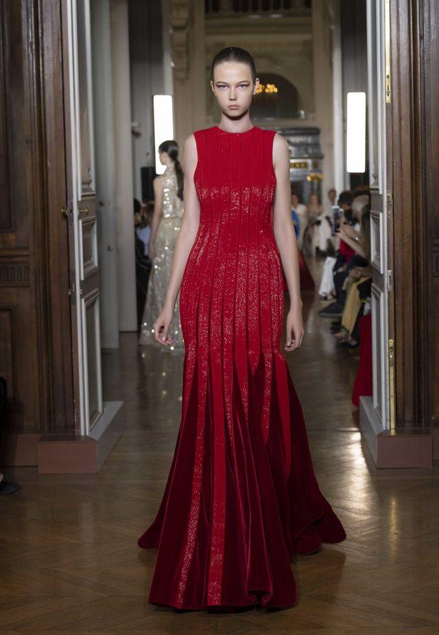 Abito da sera rosso Valentino vestiti natale 2018