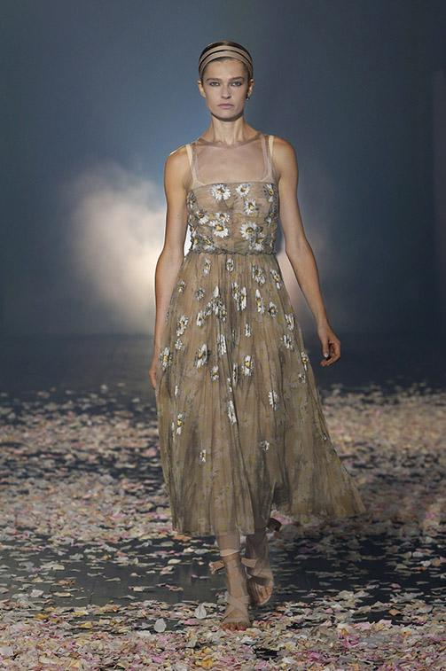 Abito a fiori elegante Dior