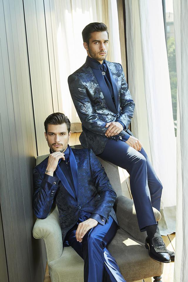 Abiti eleganti da uomo blu Carlo Pignatelli