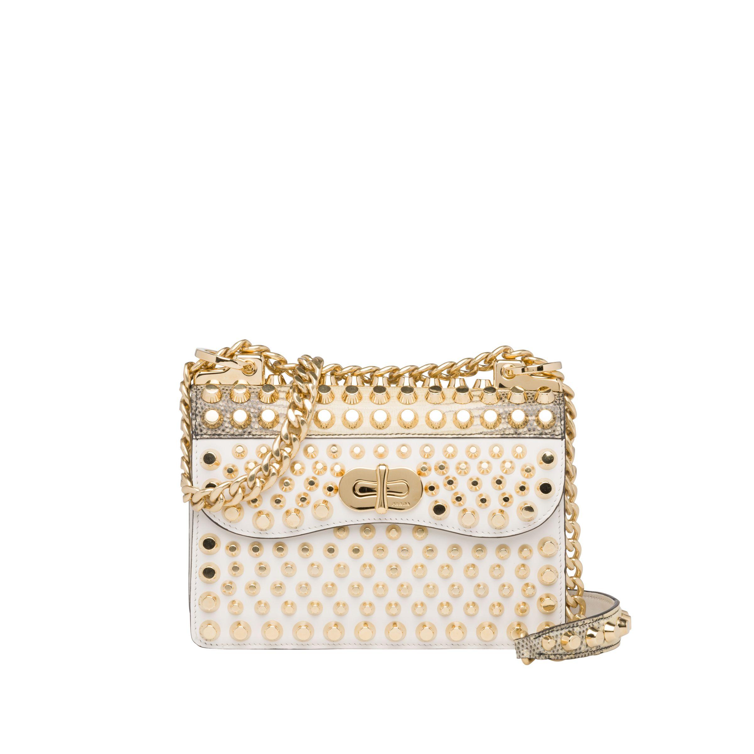 Mini borsa a tracolla con borchie Prada a 3,400 euro