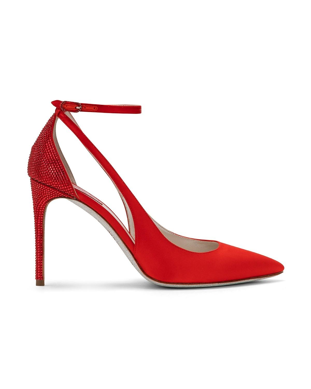 Scarpe gioiello a punta rosse a 865 euro