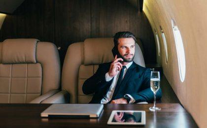 Trasferte aziendali: come rafforzare l'immagine del brand grazie agli aerei privati