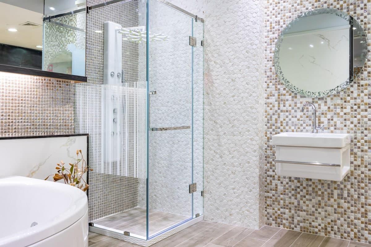 Cabine doccia multifunzione: guida ai modelli di lusso