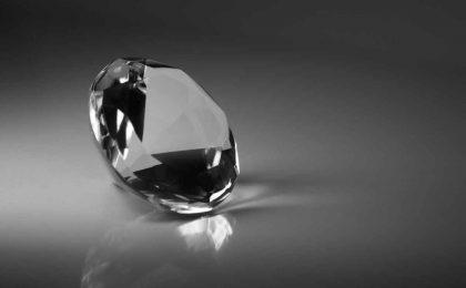 Diamante nero: significato e valore di una pietra unica nel suo genere